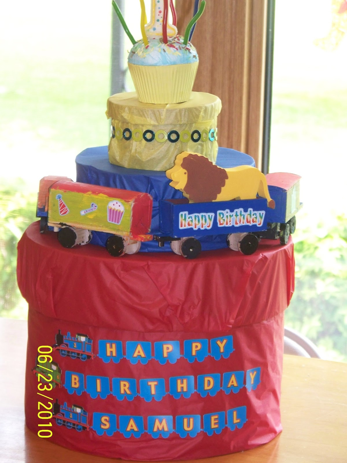 Alternatively You Could Make A Pinata Like Box Cake Made Of Decorated Boxes With Gifts Inside That Your Little One Can Open